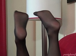 Roselyn Sombre Hose Footplay