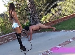 Slave out of kilter to workout unconnected with hot brunette dominant mistress with her forge