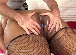 Black BBW Peaches Love Has Her Fleshy Body together with Cunt Massaged