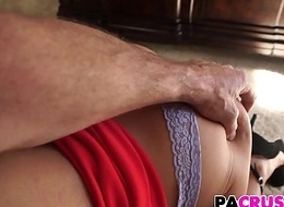 Taylor May Seducing Will not hear of Stepfather