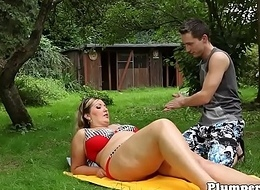 Outdoor bikini bbw facesitting before bj