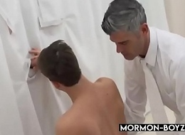 Young Mormon Crony Spitroasted By means of Intense Triplet - MORMON-BOYZ.COM