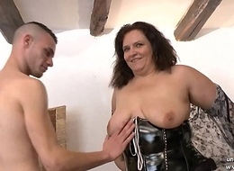 Casting couch of an tyro BBW french mom hard analyzed and fist fucke apropos 3way