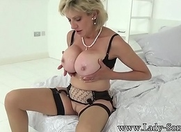 British Sonia lets one of her biggest admirers fuck her MILF pussy
