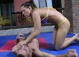 Athina vs. Sunny - An obstacle Bikini 2. - face sitting mixed wrestling