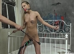 Sarah Kay submissed coupled with vibrated to orgasm