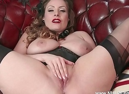 Natural big tits unilluminated wanks in nylon