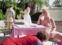Picnic Pussies Bailey Brooke Reagan Foxx  Look forward Part2 on BigBoobsVip.com