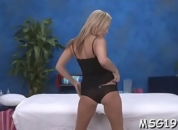 Inked hottie enjoys banging