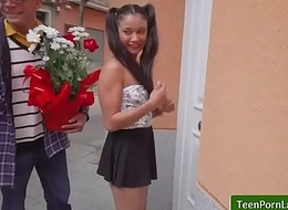 Oye Loca presents Dick Y Dinero with Jade Preesleyy video part-01